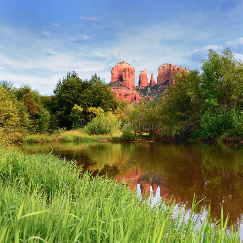 大教堂岩石在Sedona, 免版税库存照片