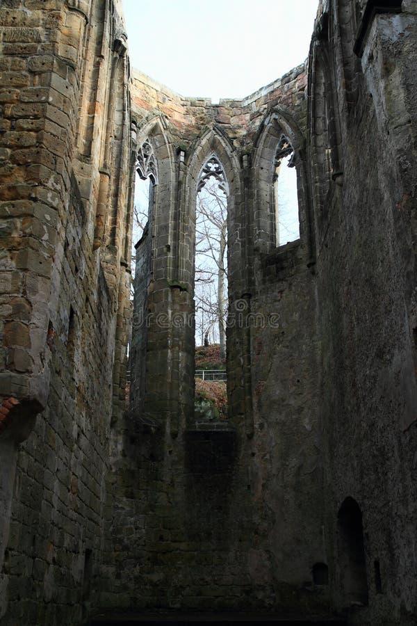 大教堂废墟奥伊宾城堡和修道院的 免版税图库摄影
