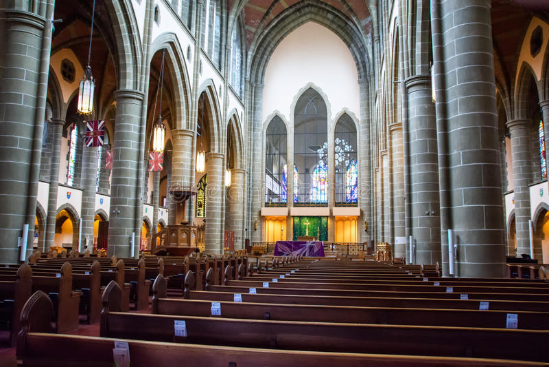 大教堂的内部 图库摄影