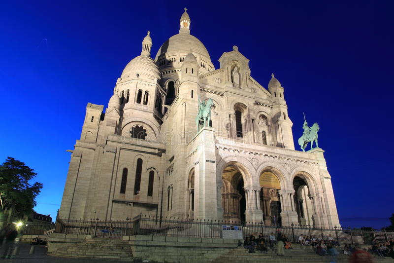大教堂c巴黎sacre ur 免版税图库摄影