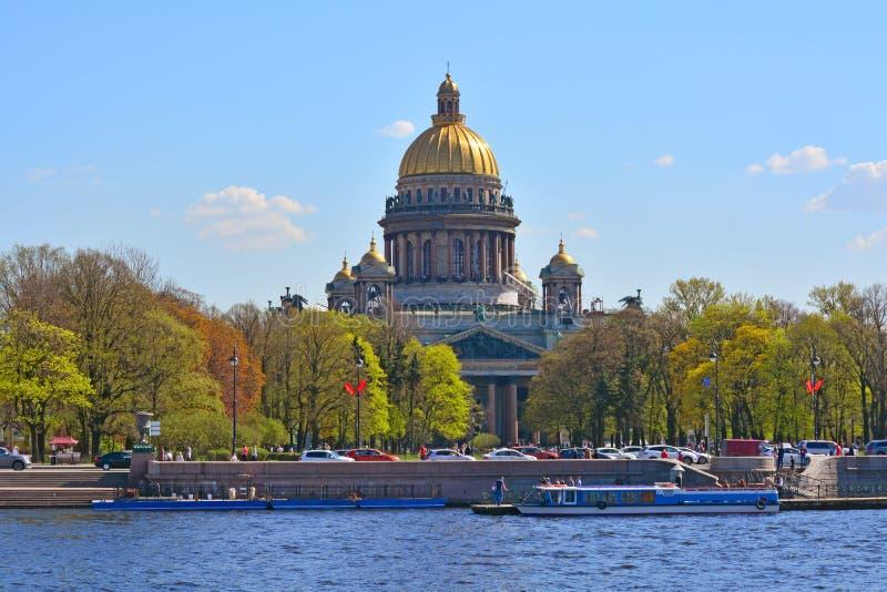 大教堂isaac ・彼得斯堡俄国s st 免版税库存照片