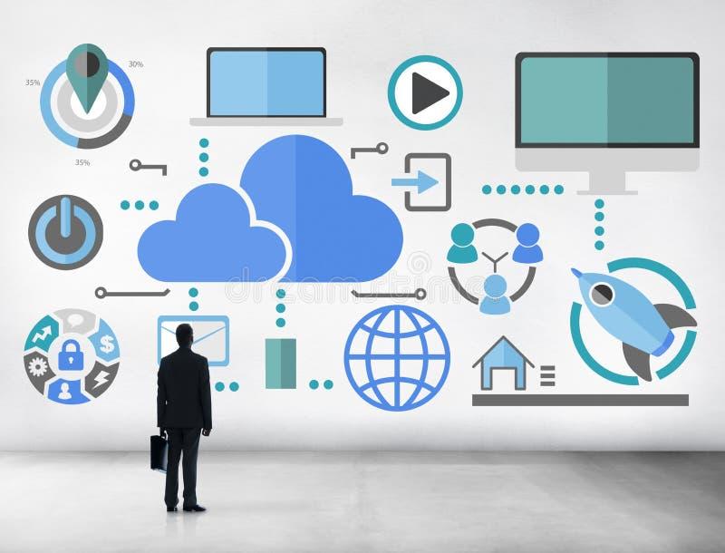 大数据分享网上全球性通信云彩概念 免版税库存图片