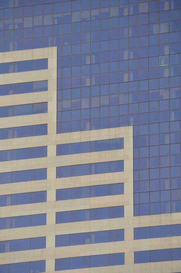 `大桃红色`办公楼细节在波特兰,俄勒冈 免版税库存照片