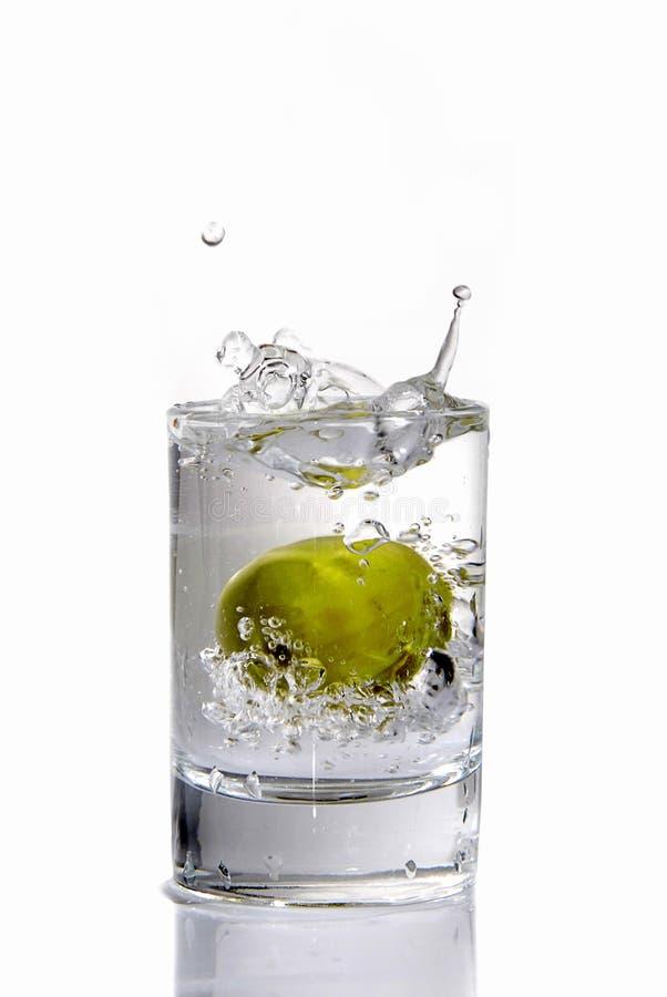 大橄榄色伏特加酒 库存图片