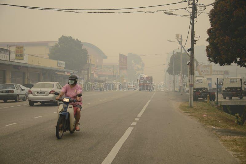 大气污染在马来西亚的阴霾危险 免版税库存图片