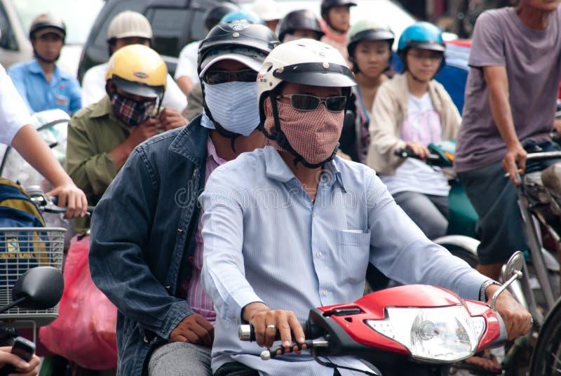 Download 大气污染saigon 图库摄影片. 图片 包括有 繁忙, 危险, 凯爱, 摩托车, 东南, 生活, 驱动器 - 15678407