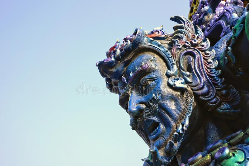 大泰国监护人雕象或战士雕象头  库存图片