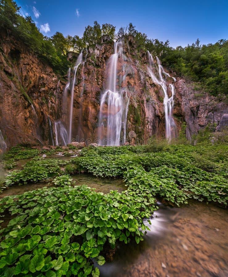 大瀑布在普利特维采湖群国家公园 库存照片