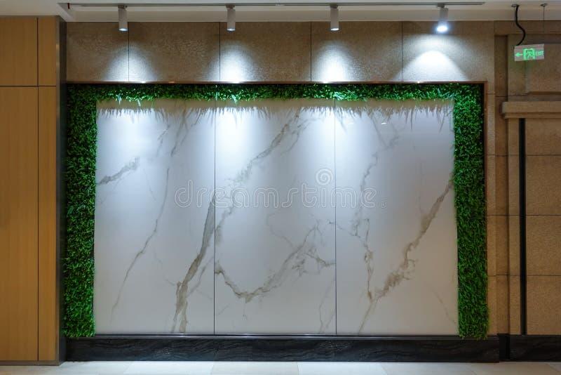 大理石平板商店窗口 库存图片