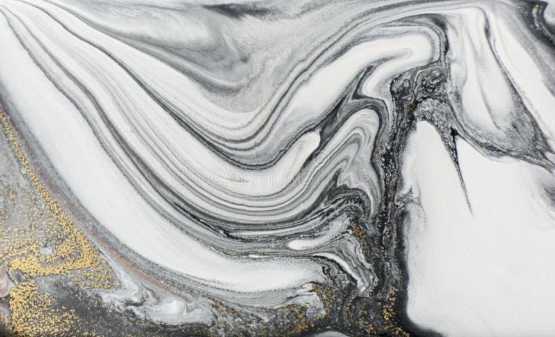 大理石抽象丙烯酸酯的背景 自然黑使有大理石花纹的艺术品纹理 金黄的闪烁 免版税库存照片