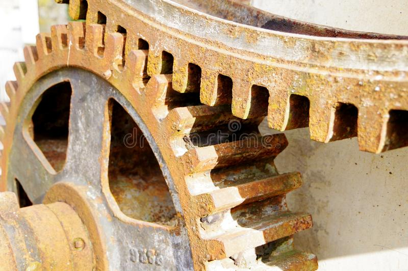 大生锈的齿轮连结 库存照片