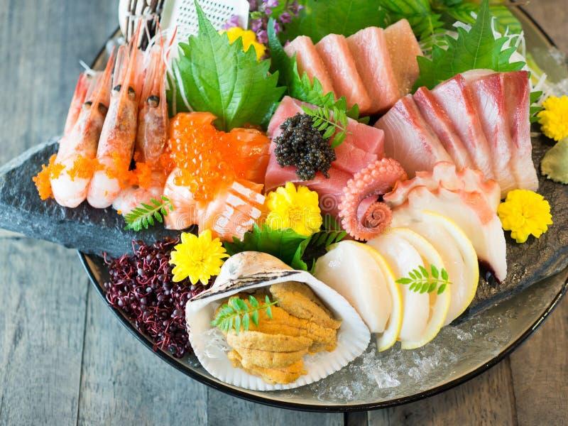 大碗日本生鱼片 库存照片