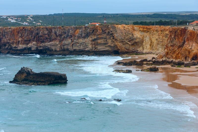 大西洋海岸视图& x28; 阿尔加威, Portugal& x29; 免版税图库摄影