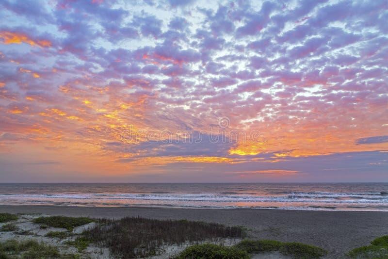 大西洋淡色黎明 免版税库存照片