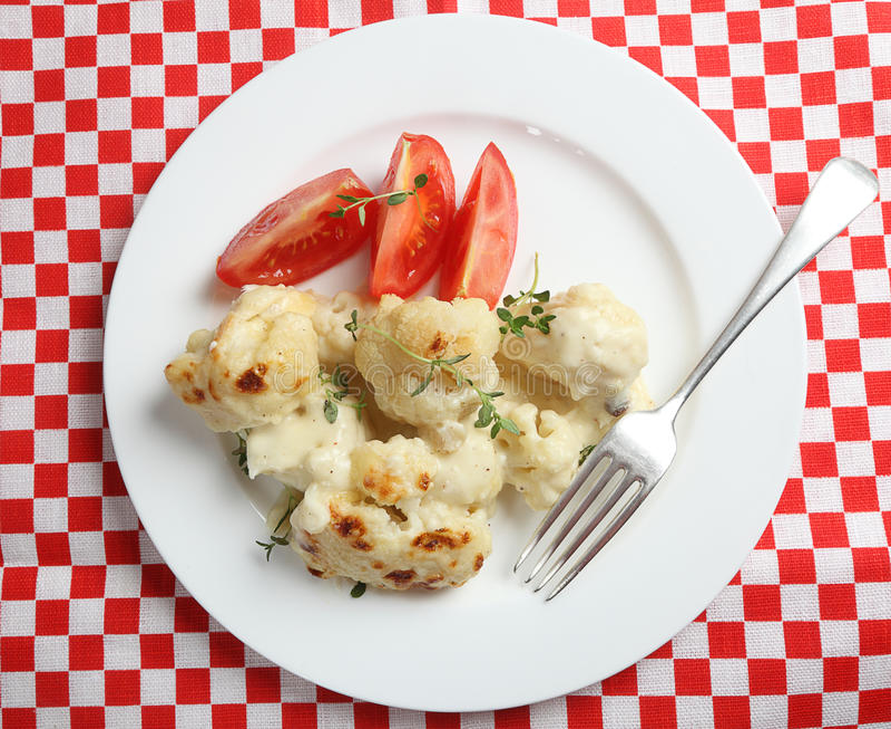 大角度花椰菜的干酪 免版税库存照片