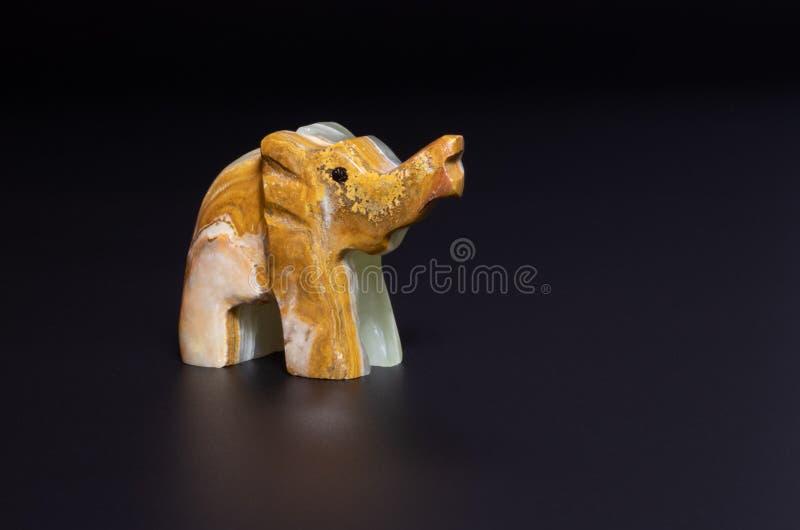 大象小雕象 库存图片
