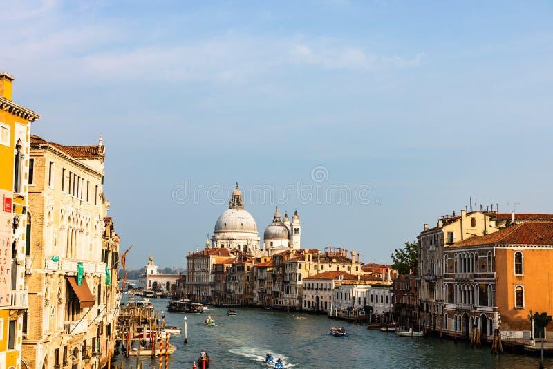 大运河和大教堂安康圣母圣殿的看法在威尼斯,意大利 免版税库存照片