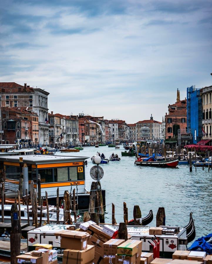大运河威尼斯的熙来攘往 库存图片