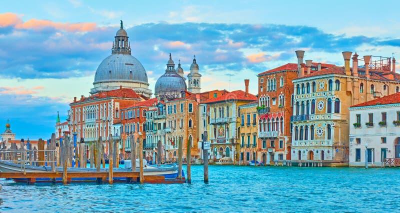大运河的全景在威尼斯 库存图片