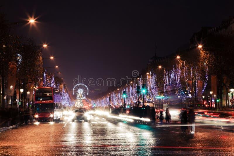 大道des香榭丽舍大街夜视图 免版税图库摄影