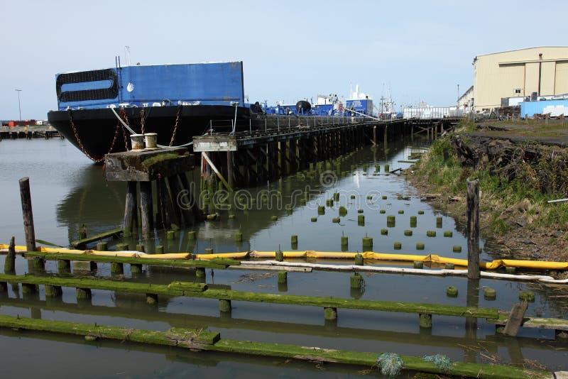 大量驳船的责任 免版税库存照片