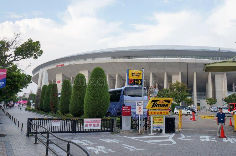 大阪樱花足球队员扇动努力去做比赛在Yanmar体育场永井,大阪日本 免版税图库摄影