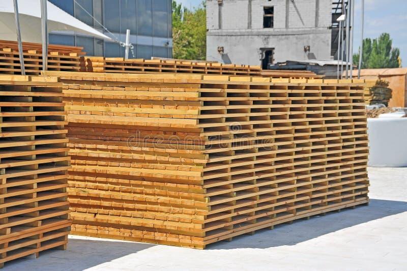 大阳台的木板 免版税库存照片