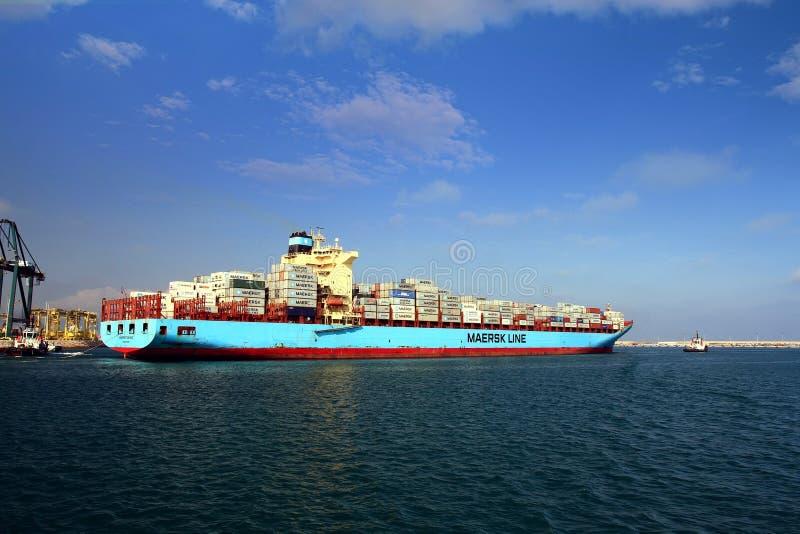 大集装箱船马士基TUKANG在巴伦西亚港口 库存照片