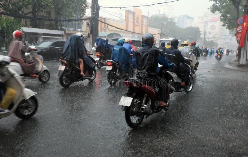 大雨,雨季在胡志明市 库存照片