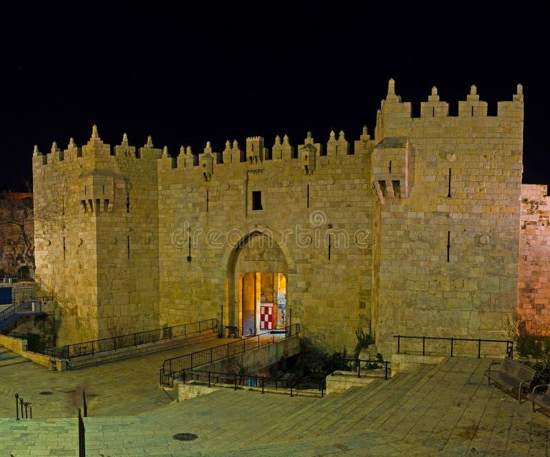 大马士革门在晚上 免版税库存图片