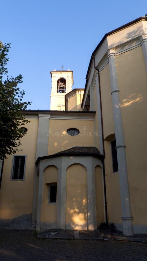 天主教圣斯特凡诺岛,在东戈,格拉韦多纳科莫湖的自治市在意大利 图库摄影