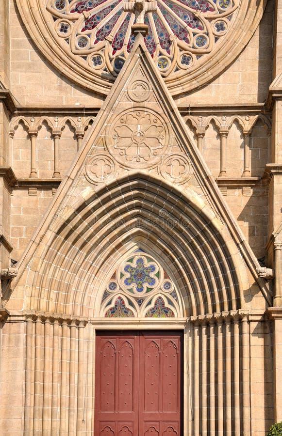 天主教教会门模式视窗 库存照片