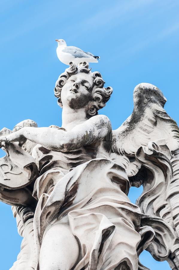 天使和海鸥罗马 库存图片