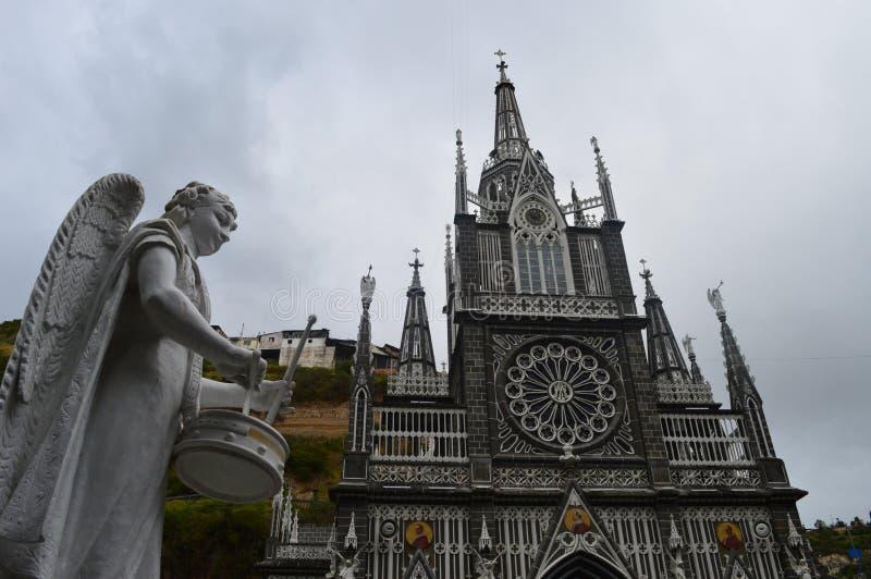 天使和鼓- las lajas圣所 免版税图库摄影