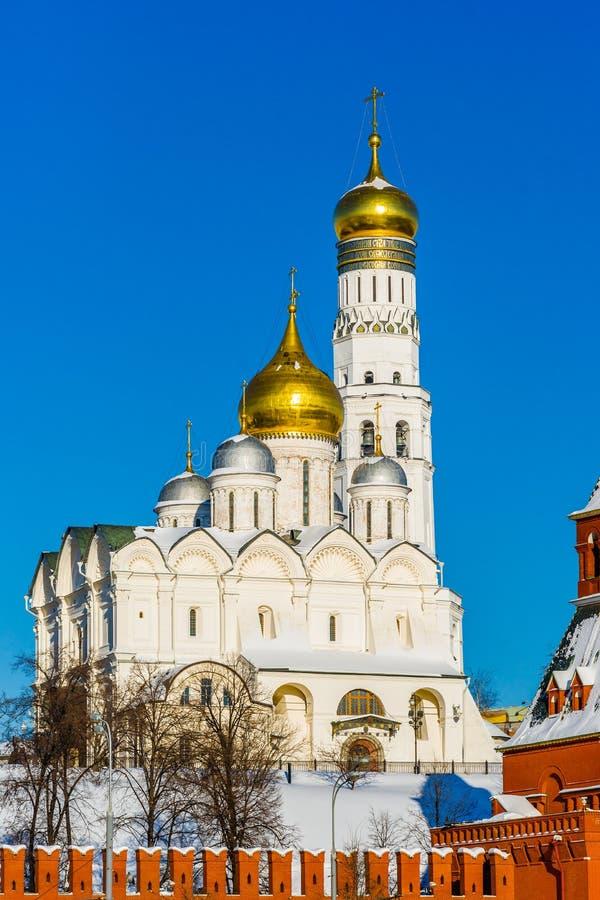 天使大教堂和伊冯克里姆林宫伟大的钟楼  库存图片