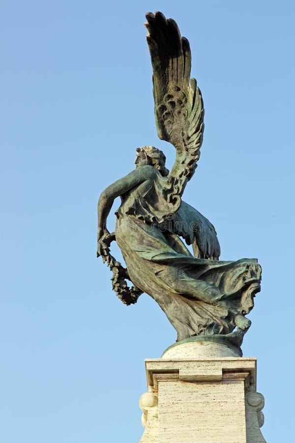 天使的古铜色雕象,罗马 图库摄影
