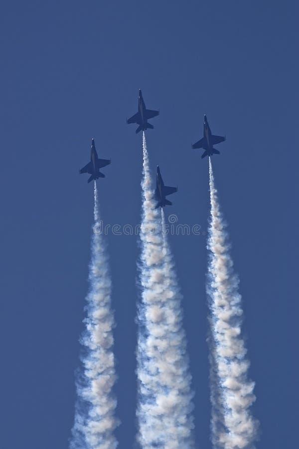 天使蓝色上升的菱形队形 库存照片