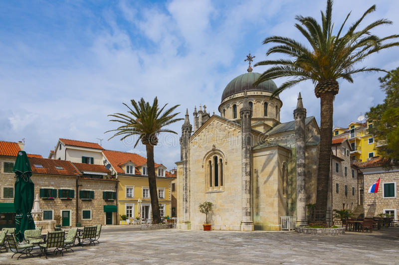 天使迈克尔教会在Herceg斯蒂芬` s正方形的 库存照片