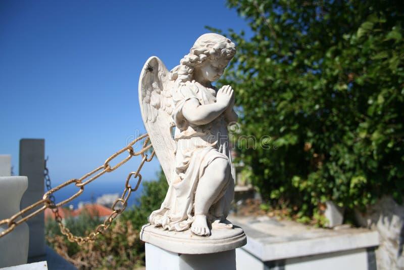 天使雕象石头 免版税库存照片