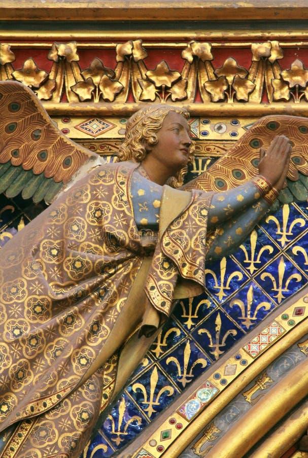 天使雕象, La Sainte Chapelle在巴黎 免版税库存照片