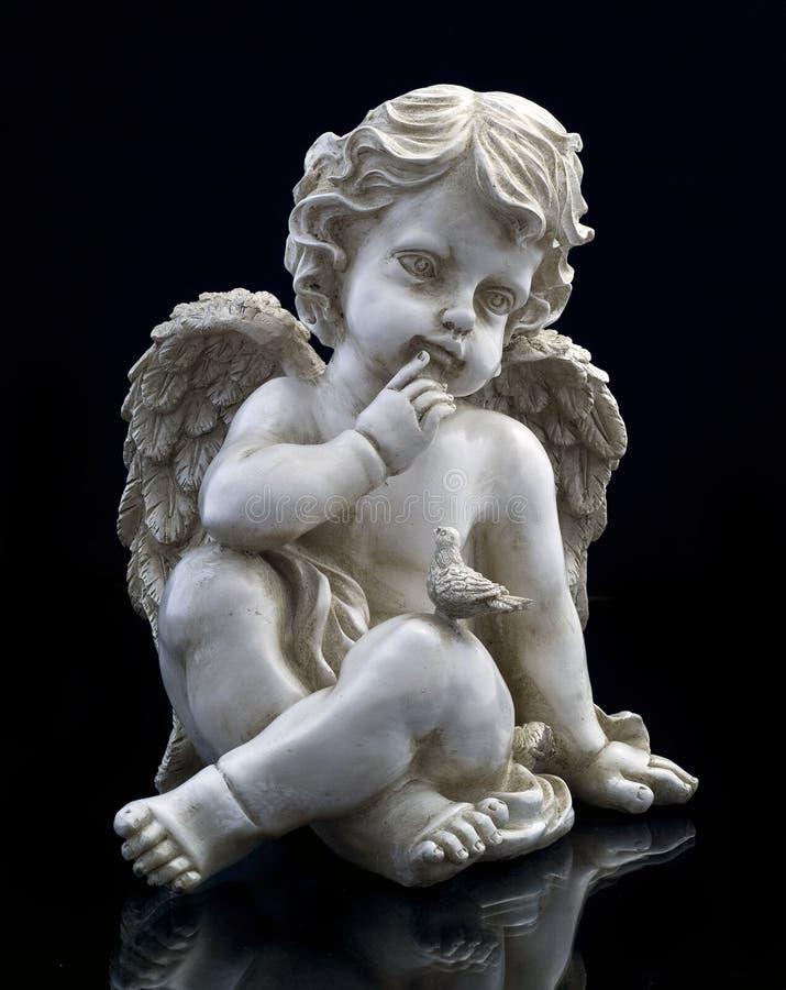 天使鸠雕塑 库存图片