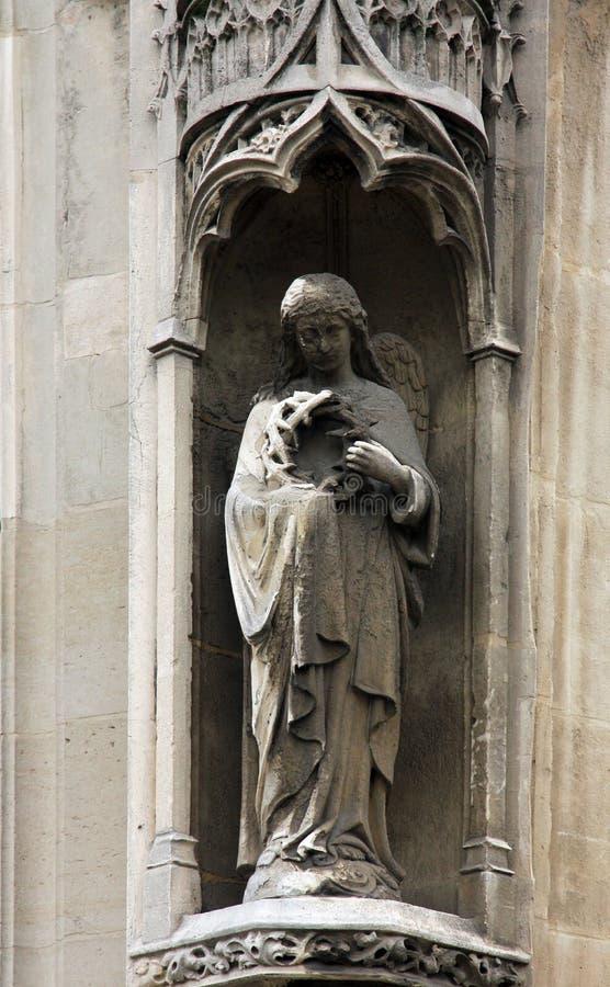 天使,圣伯纳德de la Chapelle Church,巴黎 免版税库存照片
