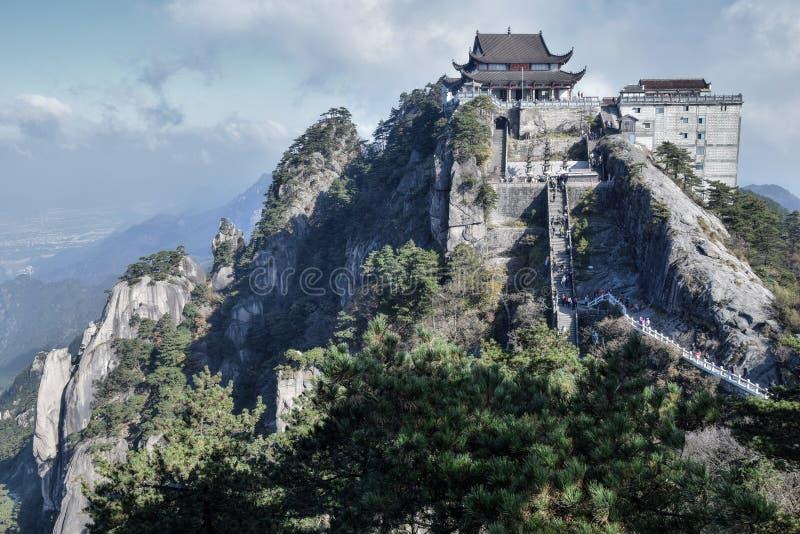 天台TempleÂ的大雄Baodian,了不起的英雄的珍宝霍尔,登上的Jiuhua,九座光彩的山 库存照片