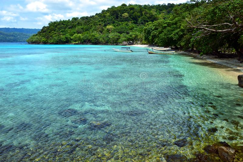 天堂海滩在Pulau Weh,印度尼西亚 库存照片