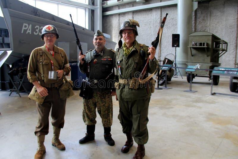 今天尊敬过去,全国WWII博物馆,新奥尔良的` s军事的军人, 2016年 免版税库存图片