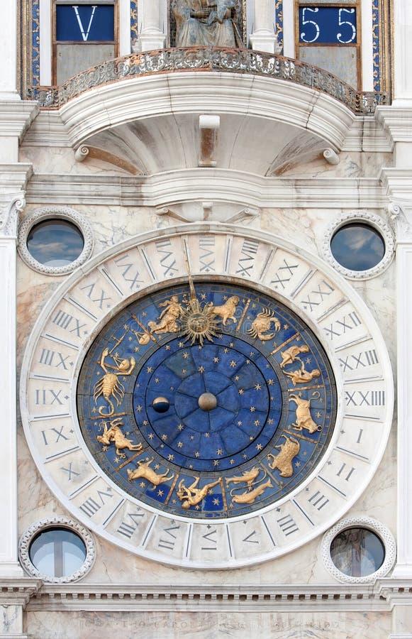 Download 天文学时钟指示st 库存照片. 图片 包括有 山羊座, 射手座, 螃蟹, 双子星座, 狮子, 欧洲, 双鱼座 - 22356776
