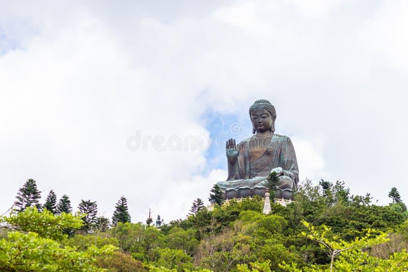天狮Tan菩萨,大Budda,极大的天狮宝莲寺的Tan菩萨在香港 免版税库存图片