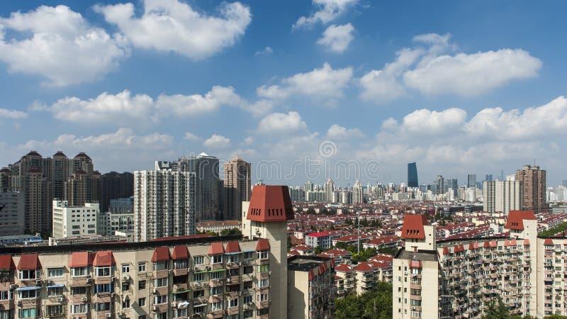 天空和大厦 免版税库存照片