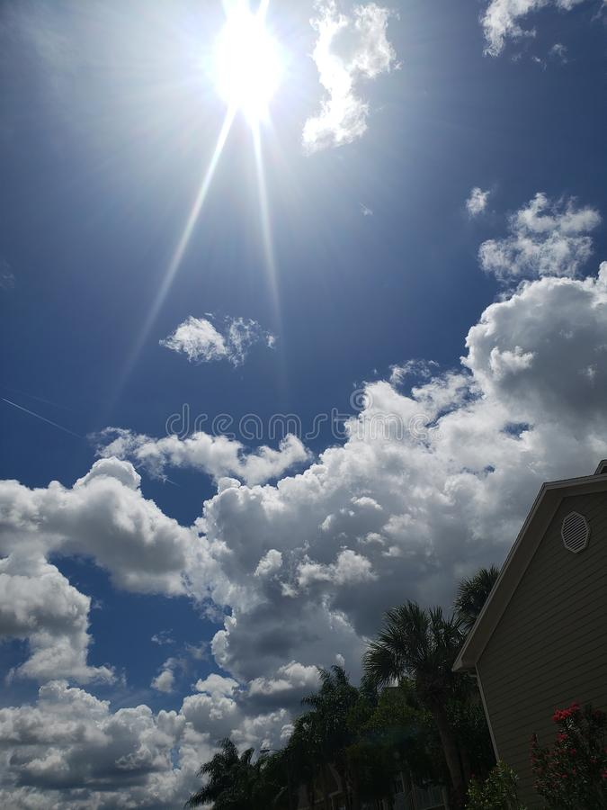 天空和太阳 库存照片