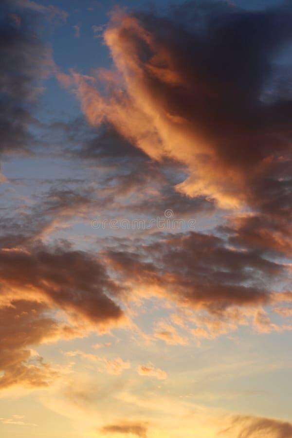 天空和海洋日落 库存图片